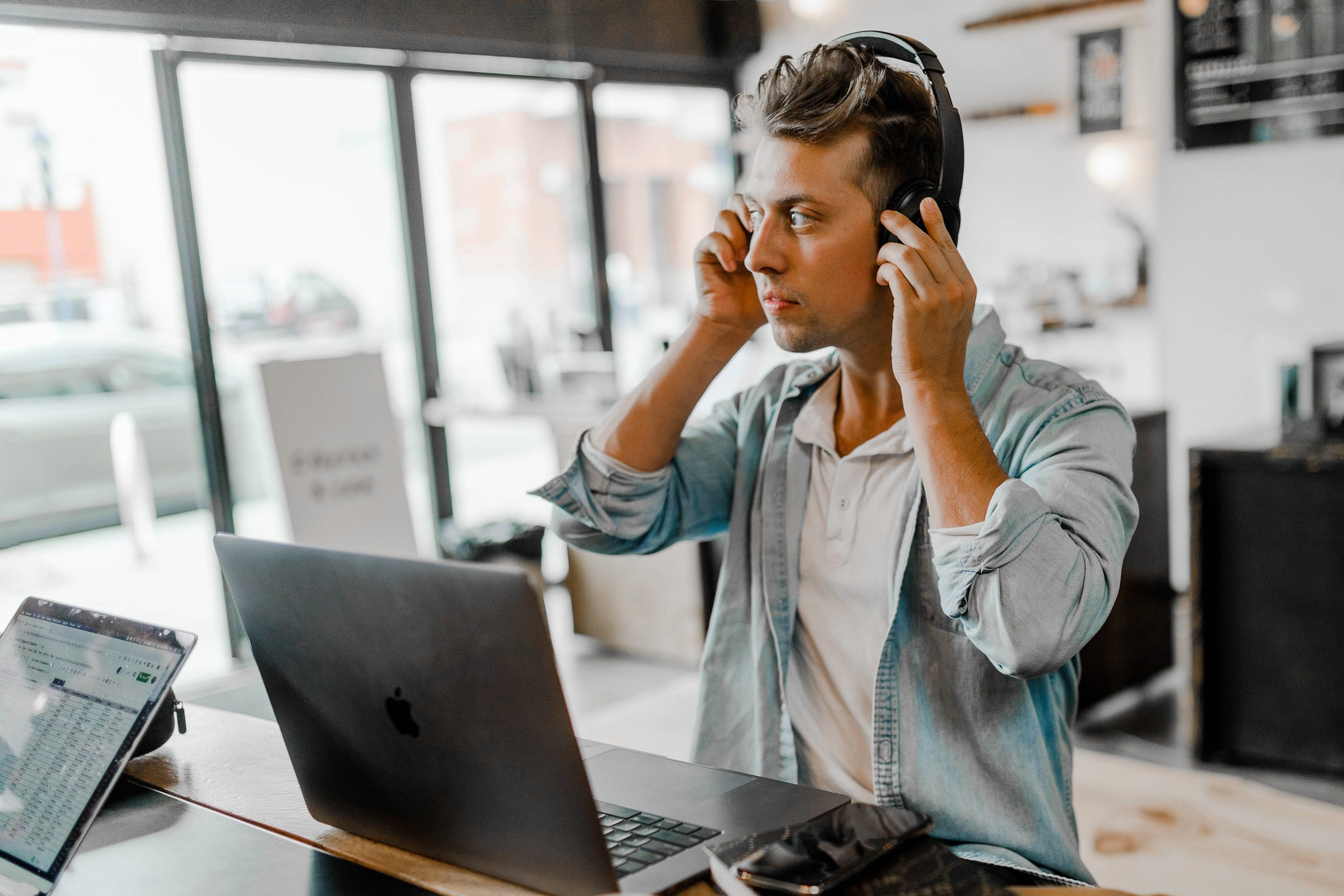 7 Benefits of Virtual Conferencing